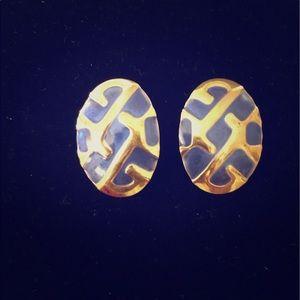 Timeless Vintage Pierced Earrings